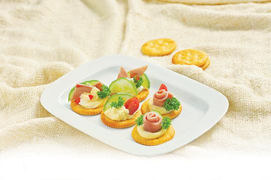 Bánh quy giòn nhân mayo