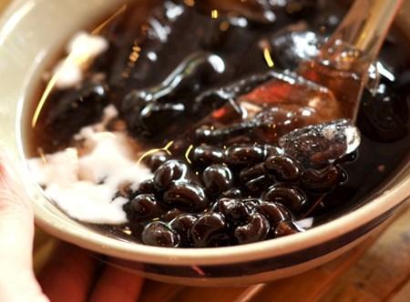 Tuyệt chiêu để món chè đậu đen ngon, nhanh nhừ